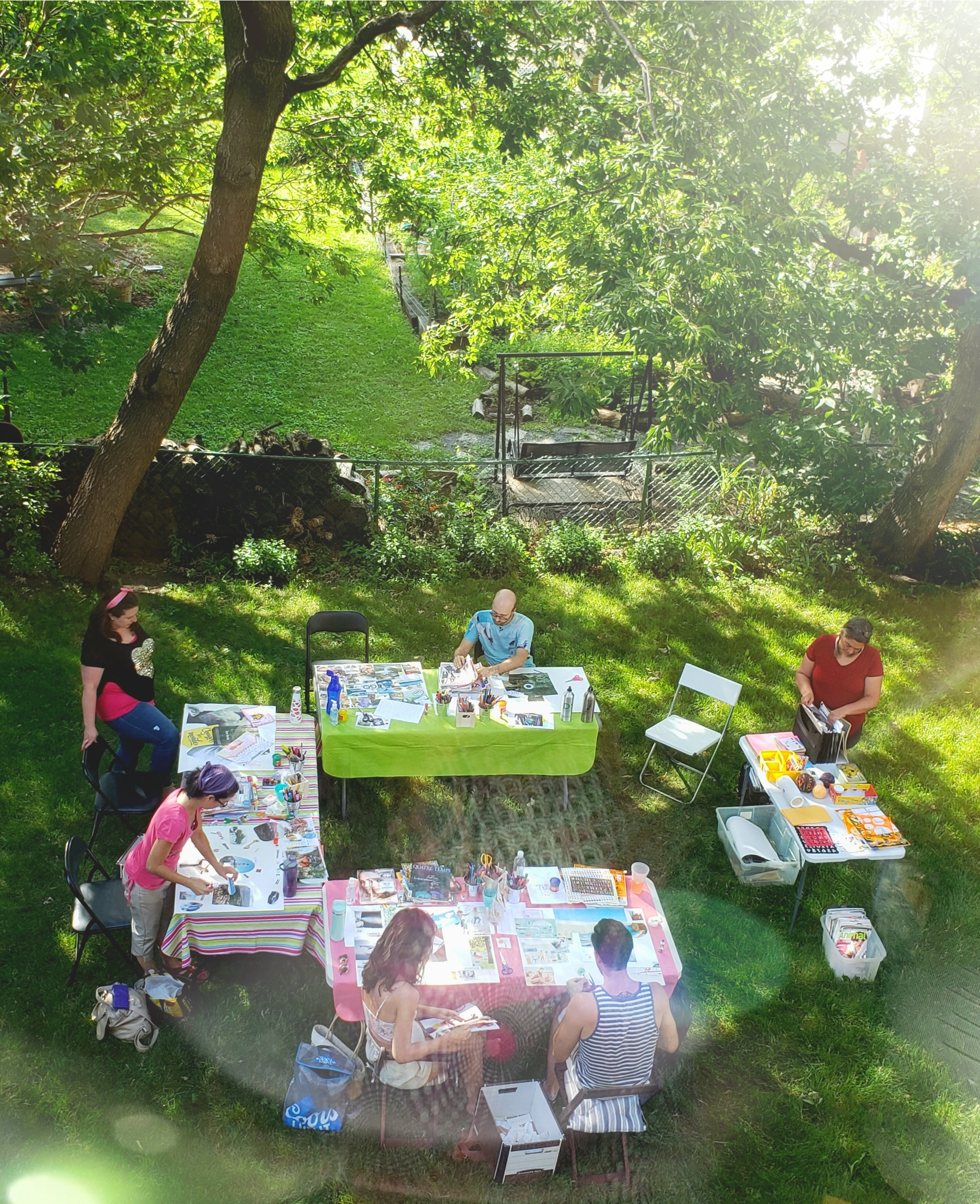 Participants à un atelier créatif Créa'Soi.
